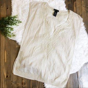 NY & Co Embroidered Sleeveless Top Small
